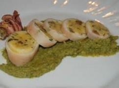 Calamari con purea di broccoli