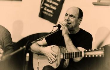 San Lorenzo Marina (RC), Mimmo Cavallaro in concerto al Lido Cala Azul