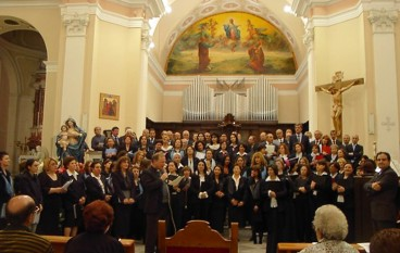 """Ultimi appuntamenti natalizi del Coro Polifonico """"Diocesi di Lamezia Terme"""" a Platania"""