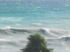 Maltempo in Calabria: pioggia, vento forte e mareggiate