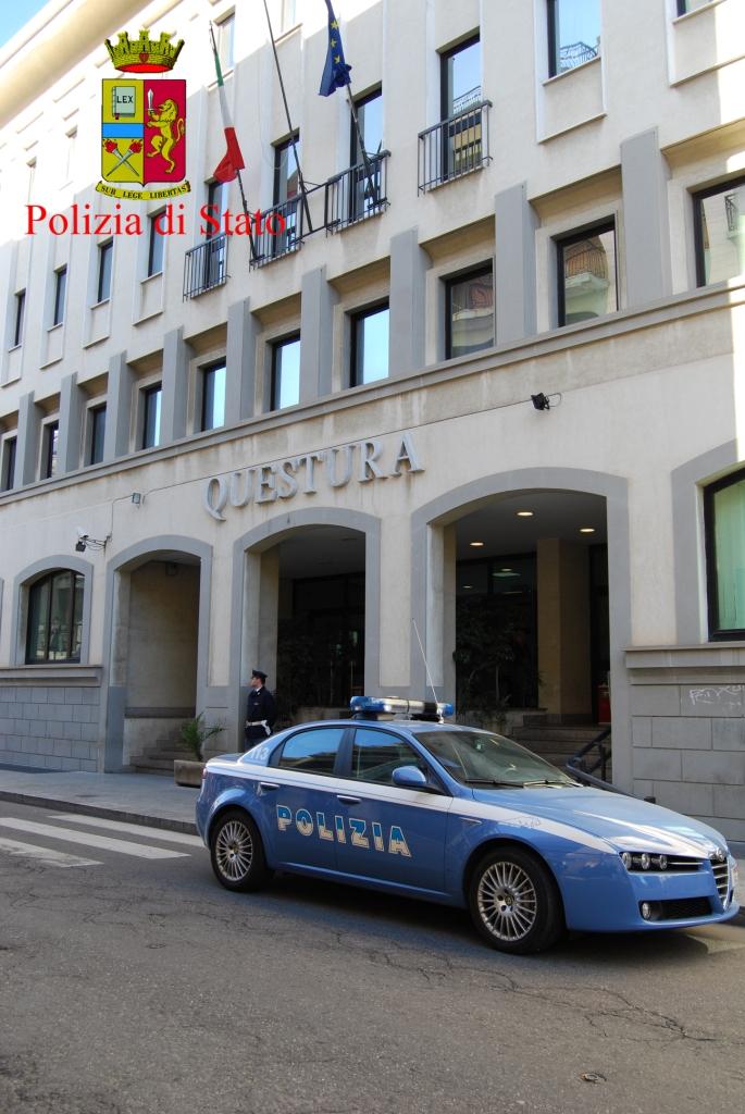 Reggio calabria arrestato sorvegliato speciale massimo for Questura di cosenza permesso di soggiorno