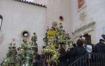 """""""Parme di Bova"""", torna il suggestivo rituale di collettiva sacralità popolare"""