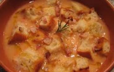 Zuppa di fagioli e pane di mais