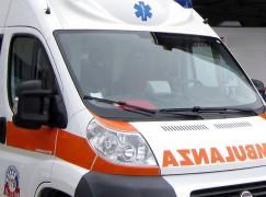 Incidenti lavoro, si ribalta trattore, muore 17enne a Lamezia Terme