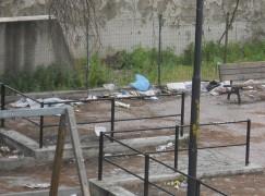 """Reggio Calabria, Teresa Libri (FLI) sull'incuria di Via Siderno: """"Una volta in quel 'parchetto' i bambini potevano giocare"""""""