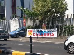 Contro la Spending Review e contro il bavaglio all'informazione: iniziativa di USB davanti la sede RAI regionale a Cosenza