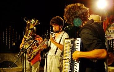 DEAfest 2012, Bollicine in musica a Podargoni