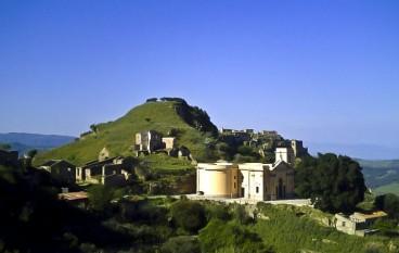 """Pro-Loco di Brancaleone, partita la raccolta firme per il 6° censimento Fai """"I luoghi del cuore"""""""
