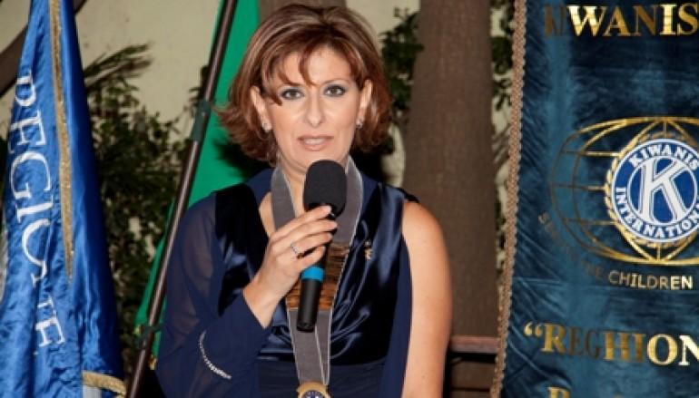 Francesca Pizzi fa un bilancio dell'attività della Divisione Calabria 2 del Kiwanis a chiusura dell'anno sociale 2011/12