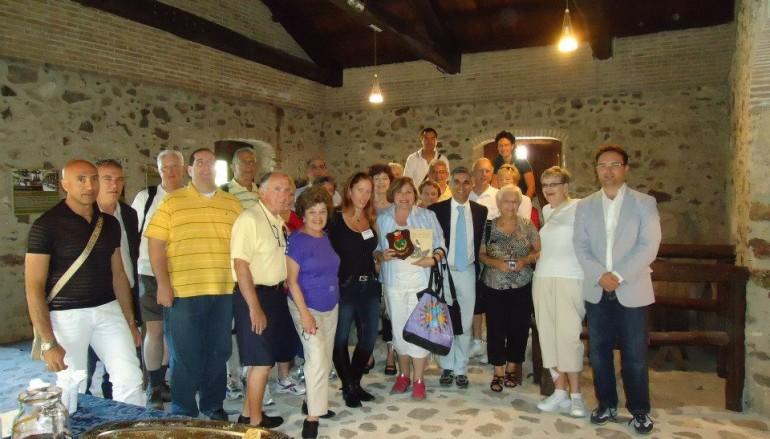 Un gruppo di turisti americani ha visitato il borgo di Sant'Alessio in Aspromonte