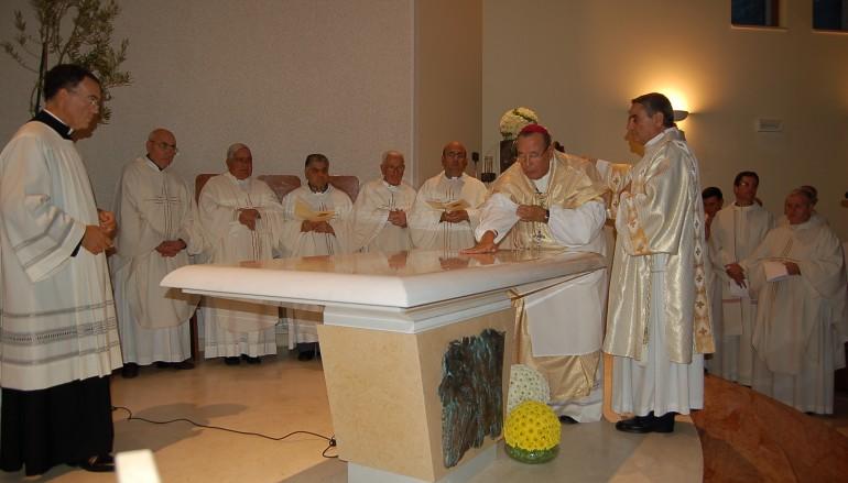 Reggio Calabria, svolta solenne liturgia di dedicazione della Chiesa di Santa Maria della Neve di Riparo