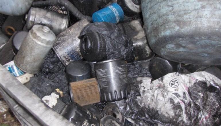 Palmi (RC), reflui nel terreno, sequestrata officina meccanica