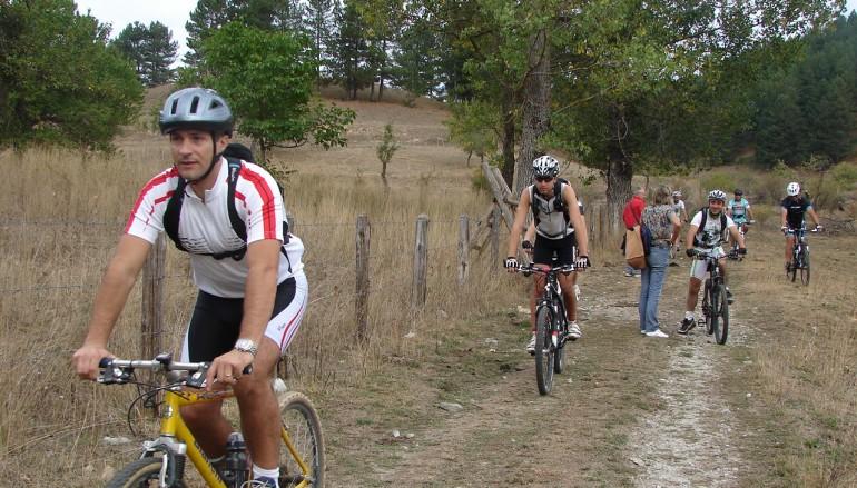 """Una domenica in Mountain Bike sulla Sila per l'evento """"Pulire la Sila con le bici"""""""