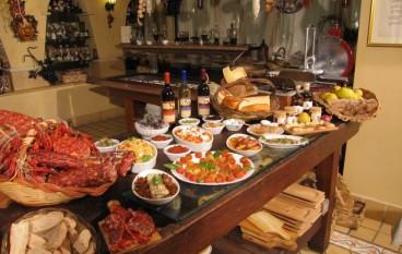 """Calabria, Coldiretti: """"I turisti portano a casa prodotti tipici come souvenir"""""""