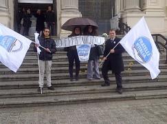 Flash Mob di Fratelli d'Italia contro il femminicidio