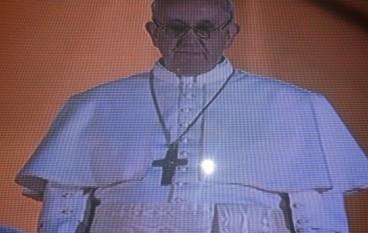 Papa Francesco a Cassano: Un papa che guarda negli occhi