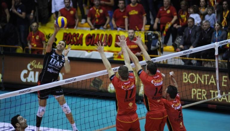 Tonno Callipo Volley, Matera ko al quinto set