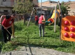 Mileto, CasaPound libera da erbacce e rifiuti un asilo a Paravati