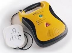 L'uso del defibrillatore diventa obbligatorio