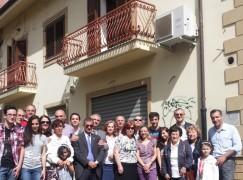 Palmi (RC), scoperta la targa marmorea in memoria di Vittorio Gassman