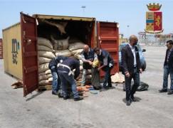 Sequestrati 111 Kg di cocaina purissima al Porto di Gioia Tauro