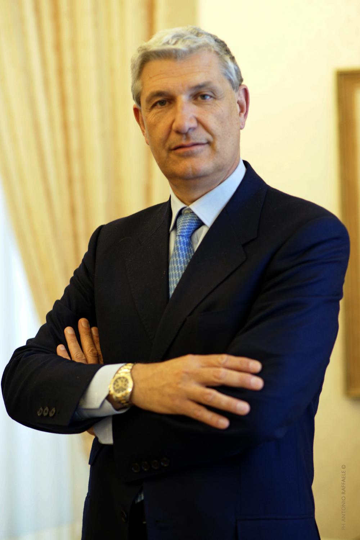 Floriano noto ricever a roma il prestigioso for Parlamentari calabresi