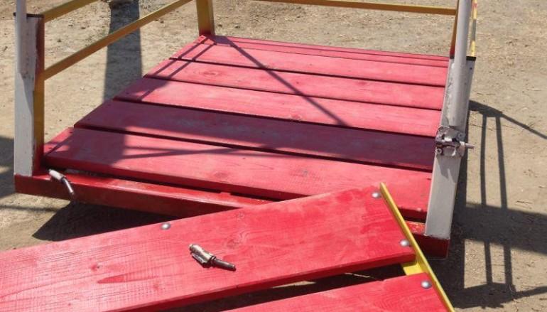 Locri (RC), un atto vandalico a poche ore dalla donazione di una giostra per disabili