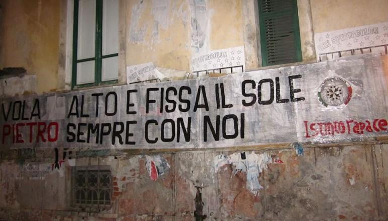 """Taricone, CasaPound: striscioni in tutta Italia per ricordare """"O' guerriero"""""""