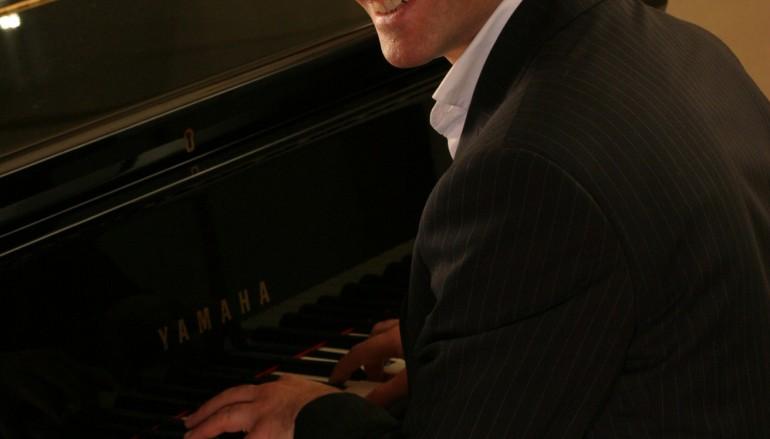 """Per """"Vip sotto le Stelle Reggine"""" Mario Rosini in concerto"""