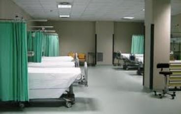 Vibo, incinta con forti dolori viene rimandata a casa: feto muore
