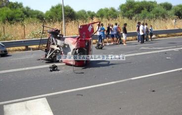 Saline: Incidente Mortale sulla SS 106, scontro tra un auto ed una motoape