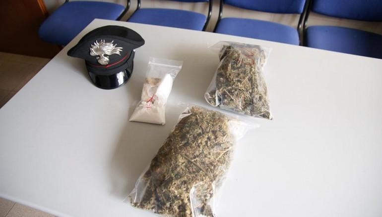 Melito, evasione e traffico illegale droga: un arresto