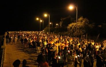 Roghudi: Fiaccolata in memoria dei morti della SS 106, le foto