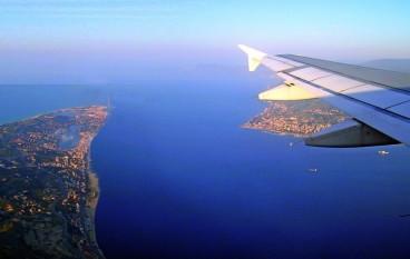 Aeroporto Crotone, gli aerei ritornano a volare