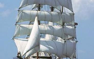 Un'altra nave da crociera al Porto di Crotone: la Sea Clud II