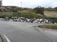 Rifiuti, Saracinello invaso dalla spazzatura