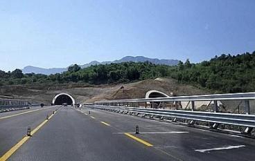 Viabilità su A3, doppio senso di circolazione tra Palmi e Bagnara