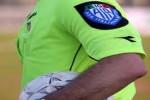 Calcio, arbitro di 83 anni. Partita sospesa per fame