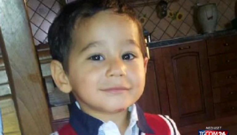 Cocò, un bambino bruciato vivo a tre anni