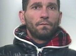 Droga, sfugge a controllo Carabinieri, un arresto ad Africo Nuovo