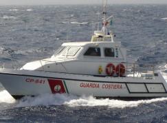 Tre pescatori salvati dalla Guardia Costiera alla foce del fiume Crati