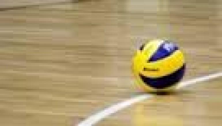 Volley: il Cutro vince facile con il Crotonei