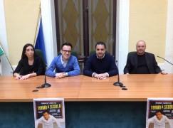 """Al Teatro Siracusa in scena """"Torno a scuola"""" con Gennaro Calabrese"""
