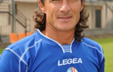 Benito Carbone riparte dall'Inghilterra: lavorerà nel Leeds di Cellino