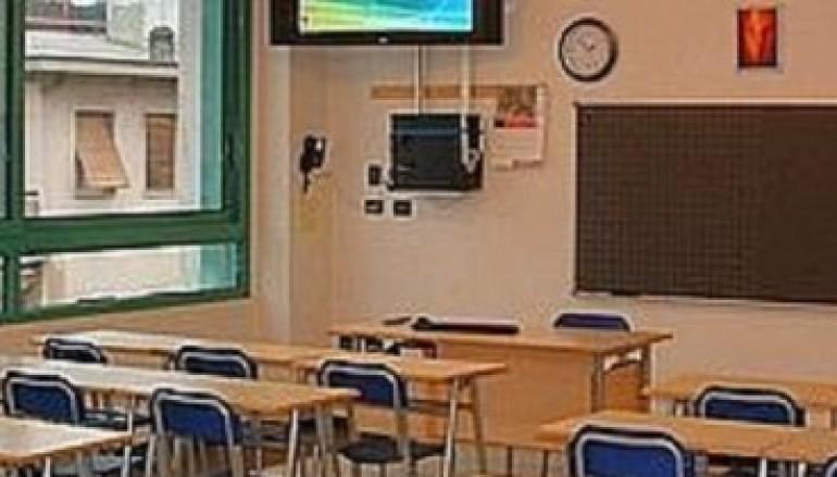 Crosia (Cs), manutenzione nelle scuole