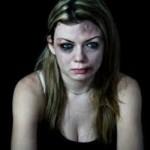 donna maltrattata