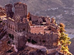 Condofuri (Rc), avviato il progetto di recupero per il castello dell' Amendolea
