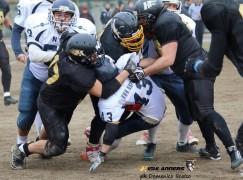Football americano, Highlanders vittoriosi a Napoli
