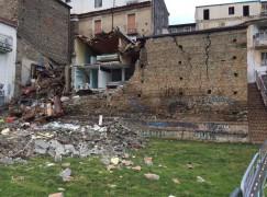 Lamezia, crollo in via Belvedere
