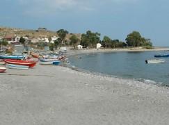 Palizzi (Rc), Mazzacoco approda nella spiaggia palizzese